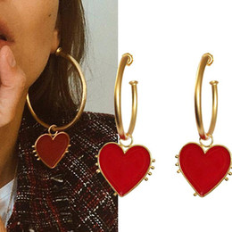 $enCountryForm.capitalKeyWord Australia - 2019 Latest Fashion Jewelry Copper Vintage Gold Big Hoop Earrings With Red Heart Charm Lady's Street Style Statement Earring
