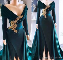 $enCountryForm.capitalKeyWord UK - Dark Green Long Sleeves Evening Dresses Off The Shoulder Appliques Beaded Formal Party Gowns With Front Slit Prom Dresses Customized