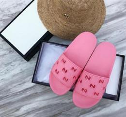 venda por atacado 2020 sapatos feitos à mão sapatos de praia couro unisex casuais chinelos de verão sandálias peep toe de Nova Homens Mulheres Moda flip-flops 35-45