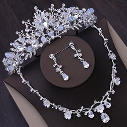 Korean Classic Suits Australia - Bridal tiara crown Korean wedding hair accessories 2019 new wedding jewelry zircon necklace earrings three-piece suit