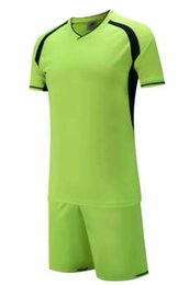 Soccer uniform kitS wholeSale online shopping - New arrive Cheap high quality soccer jersey soccer Football uniform kit No Brand uniforms kit Custom Name Custom LOGO green