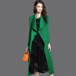 shawl collar long wool coat Canada - Women's Fashion Pleated Long Windbreaker Turn Down Collar Open Cardigan Black Green gray red Khaki Women Clothing Coat shawl