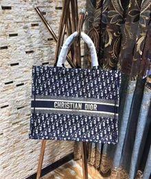 2019 Yeni klasik Kadınlar Yüksek kalite Tasarımcı moda Çanta bayanlar omuz çantası Tote çanta cüzdan 615110236 indirimde