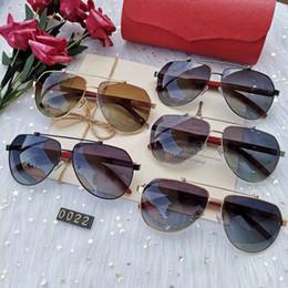 $enCountryForm.capitalKeyWord Australia - SELL fashion High Quality Classic L Pilot Sunglasses Brand Men Women Sun Glasses tom Eyewear Gold Metal Glass Lenses Case bag belt gg 0022