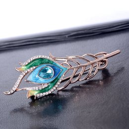 $enCountryForm.capitalKeyWord NZ - New Hot-selling Painted Brooch Simple Gender Pin Fashion Peacock Feather Brooch Western Accessory Brooch Retro Free Delivery