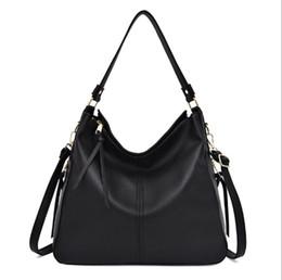 Chinese  New designer handbags luxury ladies leather bag fashion brand bag retro simple casual shoulder bag wild large capacity mobile handbag high q manufacturers