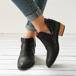 $enCountryForm.capitalKeyWord NZ - Designer Dress Shoes 1 Pair Women Slip-on Pointed Toe Low Heel Casual Buckle Boots Fashion Ankle V Cut Out Free Shipping