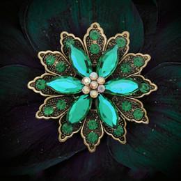 $enCountryForm.capitalKeyWord Australia - Vintage Rhinestones Brooches For Women Antique Gold Acrylic Gem Flower Brooch Pins Broche