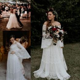 $enCountryForm.capitalKeyWord Australia - Plus Size Bohemian Wedding Dresses with Bell Long Sleeve 2019 Vintage Crochet Lace Flowy Skirt Beach Country Bridal Wedding Gown