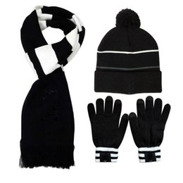$enCountryForm.capitalKeyWord UK - 2018 New Man Winter sports warm Suit Football Scarf + hat + gloves Thicken Cotton wool Outdoor Ronaldo sports Set