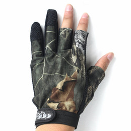 $enCountryForm.capitalKeyWord Australia - Wholesale-3 Cut Finger Fishing Fish Gloves Camouflage Anti-slip Gloves Hunting Shooting 2 colors for choose New