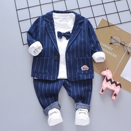 Wholesale 2019 New Kids Boy Clothes Baby Gentleman Suit Clothing Sets Fake3 Piece Coat Shirt Toddler Children Y Birthday Party Dress