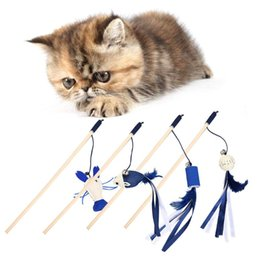 $enCountryForm.capitalKeyWord Australia - Cute Mouse Shrimp Feather Dog Cat Tease Toy With Bell Wooden Stick Toy for Cats Products