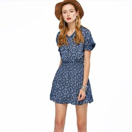 Wholesale 2019 New Summer Ladies Clothing Women V neck Blue And White Porcelain Chiffon Dress Female Mid waist Short sleeve Floral Dresses