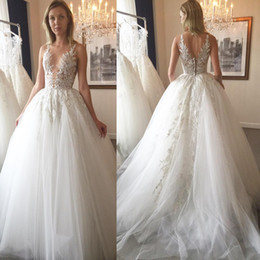 lace plunging back wedding dress NZ - Zuhair Murad Wedding Dresses Lace Appliqued Sheer Plunging Neck Tulle Chapel A-Line Hollow Back Sweep Train Bridal Gowns