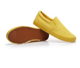Wholesale Summer casual breathable canvas shoes men and women shoes couple a pedal set foot small yellow shoes29