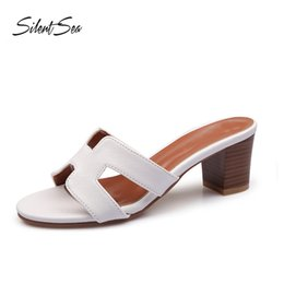 $enCountryForm.capitalKeyWord NZ - wholesale Seaside Holiday Slippers Shoes Women Fashion 4cm Thick Heel Sandals Beach Shoes flip flop Word Slippers White
