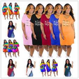 $enCountryForm.capitalKeyWord Australia - Designer Women Summer Dresses Black Smart Tie-dye V-Neck Irregular Skirts Lips Print Oblique Shoudler Zip Shirt Sexy Nightclub Dress C73102