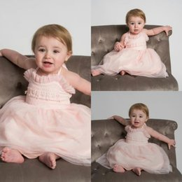 $enCountryForm.capitalKeyWord NZ - Pink Halter Flowers Girls Dresses Lace Tulle Floor Length Princess Toddlers First Communion Gowns Baby Infants Party Dress Christening Gowns