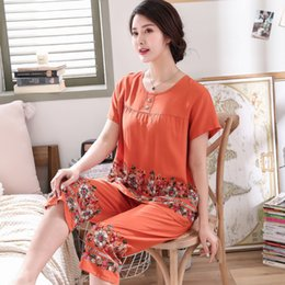 flower pyjamas Canada - Women's short sleeve Embroider Flower pajamas set Summer New 3XL cotton pyjamas For mother Soft Home Leisure wear Y200425
