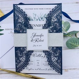 $enCountryForm.capitalKeyWord Australia - Elegant Dark Navy Lace Laser Cut Wedding Invitation With Glitter Silver Belly Band And Tag, Customized Insert With Leaves