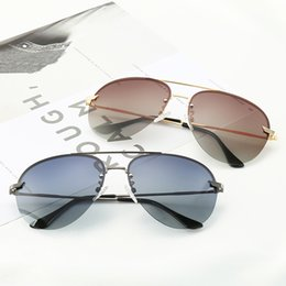 82bd45b8f7dea Police 5869 New Popular Designer Mulheres Óculos De Sol Retro tendência  Quadrado Selvagem Óculos Mostrar elegância avant-garde Proteção UV400  Eyewear com ...