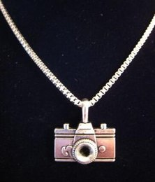 $enCountryForm.capitalKeyWord Australia - Vintage Silver Charms Fashion Camera Necklace Pendant Collar Box Chain Choker Necklaces Exquisite Jewelry Women Gift DIY Accessories