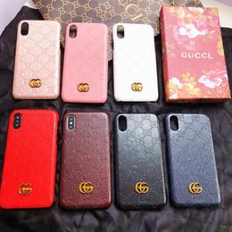 Vente en gros Coque pour iphone Xs max marque de mode en relief lettre G housse pour iphone X Xr 7 7plus 8 8plus 6 6plus couverture rigide