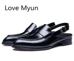 $enCountryForm.capitalKeyWord Australia - New Summer Patent Leather Sandals Black Dress Men Shoes Fashion Breathable Business Casual Shoes Man Red Wine Gladiator Sandals