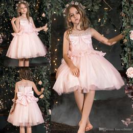 $enCountryForm.capitalKeyWord Australia - Unique Design Girls Dresses Light Pink Sleeveless Knee Length Kid Designer Clothes With Big Bow Soft Tulle Satin Fabric Flower Girl Dresses