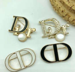 Wholesale women clothes china for sale - Group buy Letter Brooch Pins For Women Jewelry Dress Clothing Pins Rhinestone Exquisite Bling Bling Suit Brooch For party Festival Gift