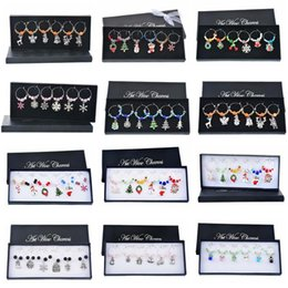 black crystal wine NZ - Hoomall 6PCs Box Mixed Wine Charms Snowman Reindeer snowflake Crystal Wine Marker Enamel Pendant Christmas Table Decorations