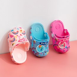 Cute Sandals For Baby Girls Australia - Newest Summer Toddler Baby Slippers for Boys Girls Cute Horse Rainbow Beach Holes Slippers Indoor Home Shoes Children Outdoor Sandals