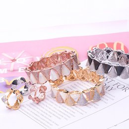 $enCountryForm.capitalKeyWord NZ - Classic Rings Exquisite Bangles Designer Rings Fashion Bracelets Top Quality Wedding Rings Fashion Bracelet Luxury Full CZ Diamond Bangle