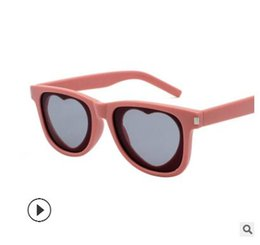 7a3d980cd7 2019 New Style Sunglasses Female Fashion Personality Star Heart Shape Sunglasses  Fashionable Lovely Round Face All Match
