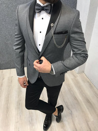 $enCountryForm.capitalKeyWord Australia - New Herringbone Groom Wedding Tuxedos Slim Fit 3 Pieces Shawl Lapel Mens Pants Suits High Quality Designer Jackets