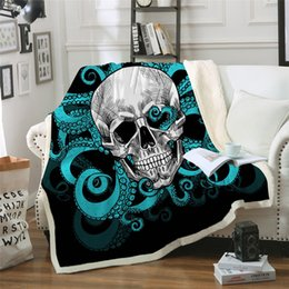 Discount red quilts - Octopus and Skull Sherpa Blanket Tentacles Hand Soft Plush Throw Blanket Sofa Gothic Green and Red Thin Quilt
