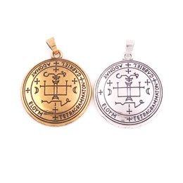 Locket Jewelry Party UK - HY043 Wholesale Gold plated Charm Pendants Delicate Round talisman Pendant Custom Tag Sliver Jewelry For Women