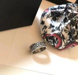 Neuer reiner silberner Ring mit Löwenkopfform und für Frauen und Hochzeitsschmucksachegeschenkkasten geben Verschiffen frei