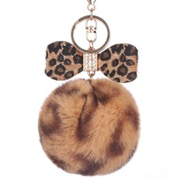 faux fur ball keychain UK - 8CM Leopard Print Pompom Keychain Fluffy Faux Rabbit Fur Ball Women Handbag Pendants Car Key Ring Crystal Bow Key Chains Jewelry
