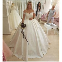 $enCountryForm.capitalKeyWord UK - Send Petticoat White Lace Appliques Lace Up Ball Gown Off-shoulder Wedding Dresses Wedding Dresses Plus size Customized