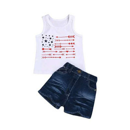 $enCountryForm.capitalKeyWord Australia - Baby Summer Sleeveless Vest American Flag Independence National Day USA 4th July Child Star Striped Top Fringe Shorts Two-Piece Set