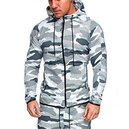 Venta al por mayor de Nueva llegada de los hombres de camuflaje conjuntos hombres de manga larga con capucha chaqueta táctica impermeable multicam camuflaje rompevientos al aire libre Camo Tops