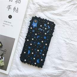 Discount hollow flower iphone case Phone Cases for Iphone XR Case Slim Fashion Models Flower Phone Cover for Iphone X XS XR XS MAX 8 7 6 Plus Case Unique H