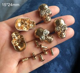 $enCountryForm.capitalKeyWord Australia - 20 Sets Rose Gold Metal Skull Rivet Studs With Glass Bead,15*24mm Punk DIY Spikes For Fashion Clothing