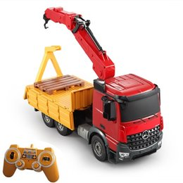 big remote control boats Canada - Electric Remote Control Engineering Truck Vehicle 2.4G E565-001 Simulation Lift Construction Truck Big Crane RC Truck Model Toy
