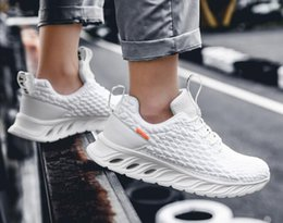 spring knives Australia - New Best-selling Flying Weaving Fish Scale Mesh Men's Knife-edge Sports Shoes Leisure Small White Shoes Light Running Shoes Mesh Red Dad Sh