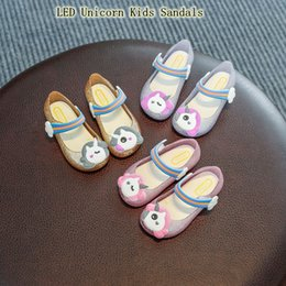 Girls plastic shoes online shopping - 2019 LED Unicorn Kids Sandals Colors Flashing Girls Unicorn Princess Shoes Cartoon Kids Casual Sandals MMA2039