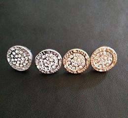 2019 venda MK marca Tone Brincos Do Parafuso Prisioneiro de Alta qualidade completa rodada brincos de cristal marca de moda jóias de Casamento para as mulheres meninas em Promoção