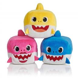 $enCountryForm.capitalKeyWord NZ - Baby SHARK Plush Toys 7CM 3inch Music English Songs Singing 3'' Stuffed&Plush Dolls Sing Music Shark Boys Girls Shark Daddy Mommy Grandma